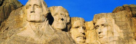 Sheridan, WY: Mt. Rushmore tours through the Black Hills.