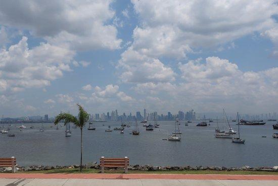 Provincia de Panamá, Panamá: Looking Back Towards Panama City