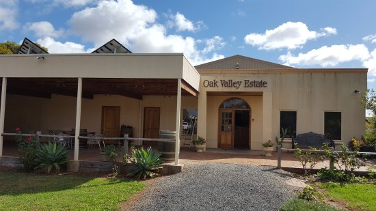 Oak Valley Estate Winery