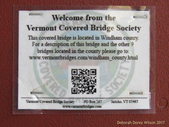 Brattleboro, VT: This bridge is part of the Vermont Covered Bridge Society... Interesting!!!
