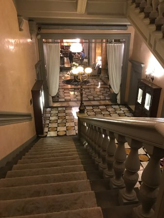 The Westin Excelsior Florence: staircase