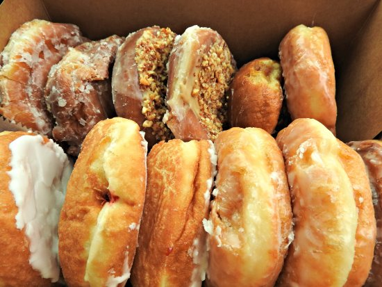 Long's Bakery: Mouth watering
