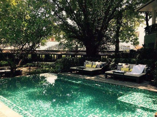 Tranquility in old Bangkok