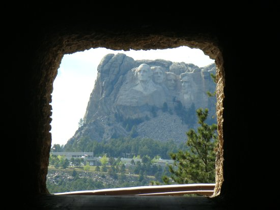 Peter Norbeck Scenic Byway : Tunnel View