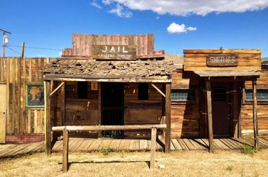 Arizona Ghost Towns and Wild-West Day...