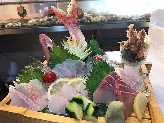 Kadena-cho, Japan: 新鮮な刺身あります