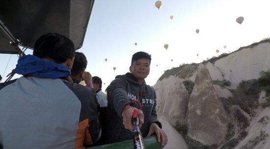 Anatolian Balloons: 35EBAC9A2A94A80AED2A8E3754DF5FB9_large.jpg