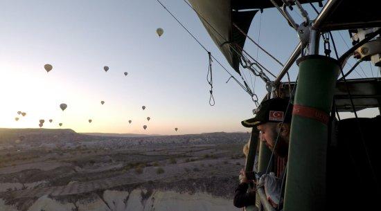 Anatolian Balloons: 9D201403F91304AB1D6FDC488B376E80_large.jpg