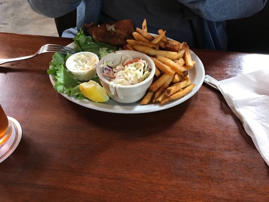 Whistle Stop Ale House: photo0.jpg