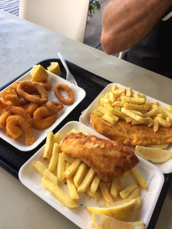 Tweed Heads, Australien: One of the best fish and chips I've ever had before!