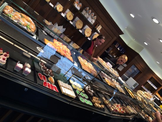 Cafe Hanselmann : Pastry Options