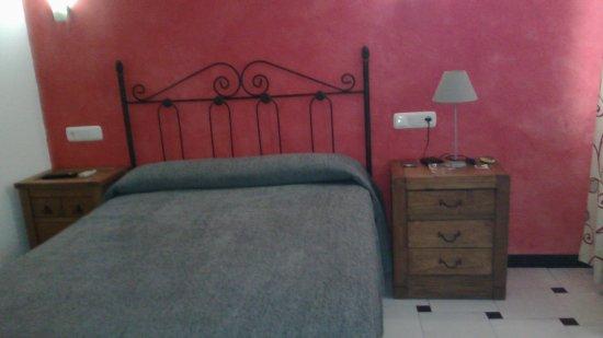 Hostal San Sebastian: IMG_20170428_182257_large.jpg