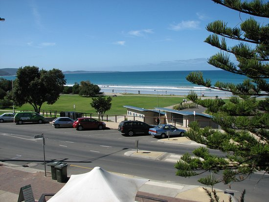 Lorne, Australia: Looking out to beach from Great OceanRoad-2