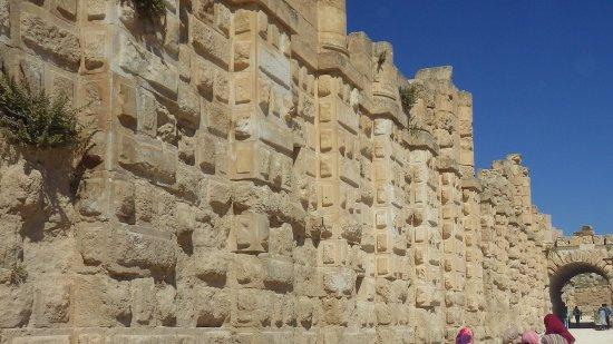 Ruinerne i Jerash: Nice street, eh?