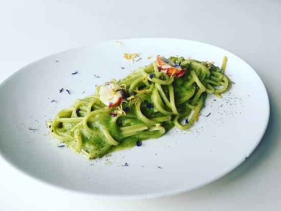 Linguine broccoli e astice