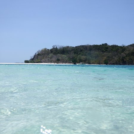 Culion, Philippines: View of Ditaytayan Island's sandbar (from the water) #2
