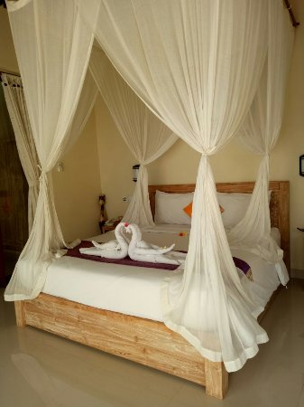 Lodtunduh, Indonésia: Clean and beautiful bed room