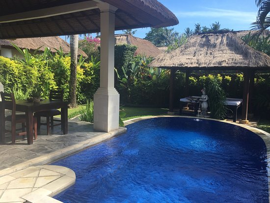 Our villa photo de furama villas spa ubud mambal for 18 8 salon locations