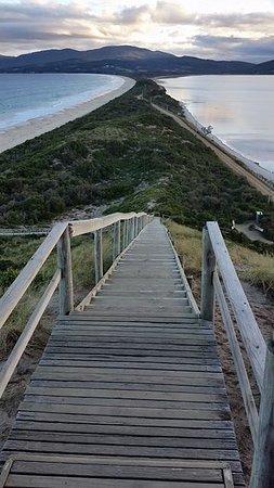 Bruny Island, Australia: Lots of steps but an easy climb & definitely worth it