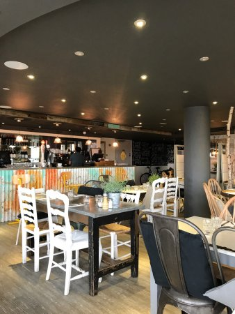The raft rocks milford on sea restaurant reviews phone for Milfords fish house