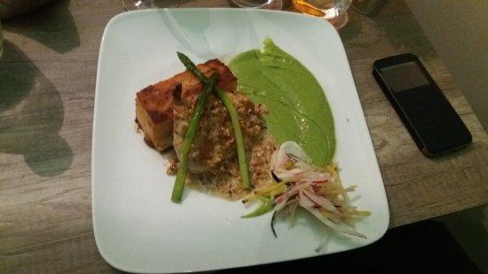 Монфаве, Франция: Suprême de poulet