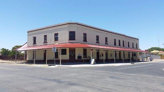 Copper Coast Hotel