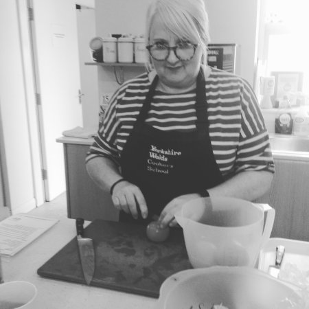 The Yorkshire Wolds Cookery School: Chopping practice