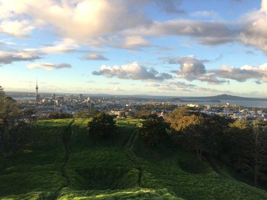 Mount Eden: photo1.jpg