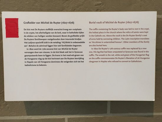 Nueva Iglesia (Nieuwe Kerk): Beschrijving Grafkelder Michiel de Ruyter