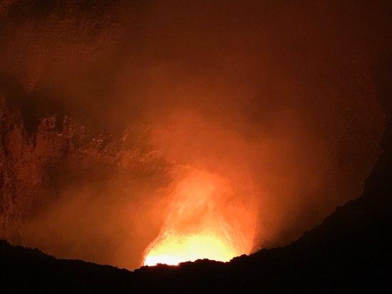 Masaya Volcano National Park: Stunning at night !