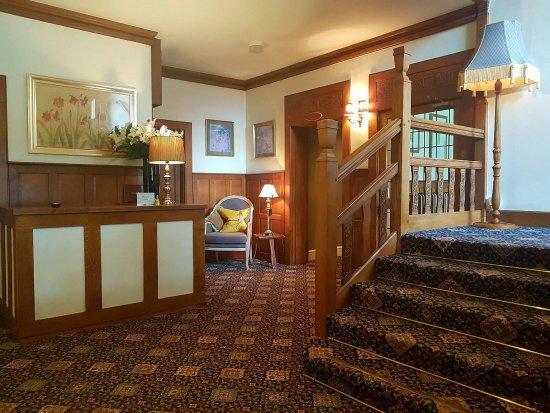 Overton Grange Country Hotel: Reception