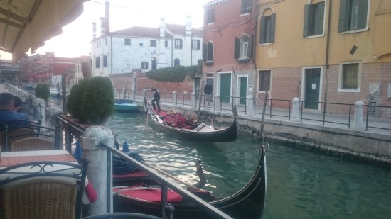 HOTEL OLIMPIA Venice: Best Location,Friendly staff, Lovely Hotel, Excellent Breakfast.