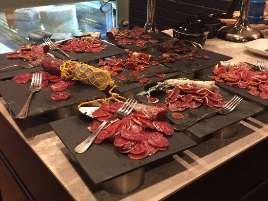 Wevelgem, Belgia: Verschillende soorten salami