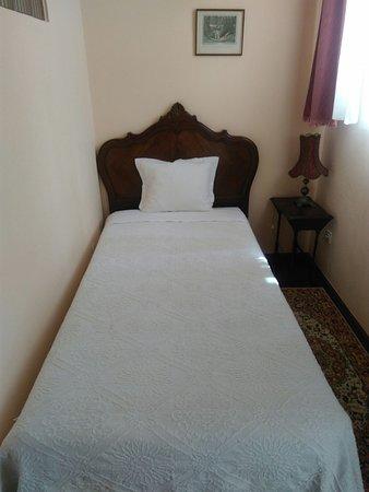 Alegre Hotel: Alcoba