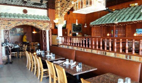 Fratelli's Italian Restaurant: Dining area