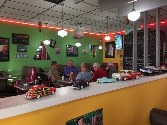 Tavares, FL: Local Friends