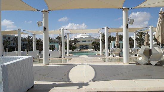 Radisson Blu Palace Resort & Thalasso, Djerba: 20170411_113452_large.jpg