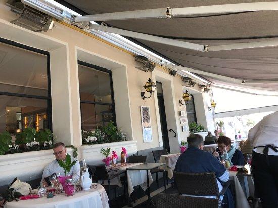 Hôtel Restaurant de la Tour: photo2.jpg