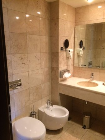 Hilton Sibiu: Royal Suite Bathroom