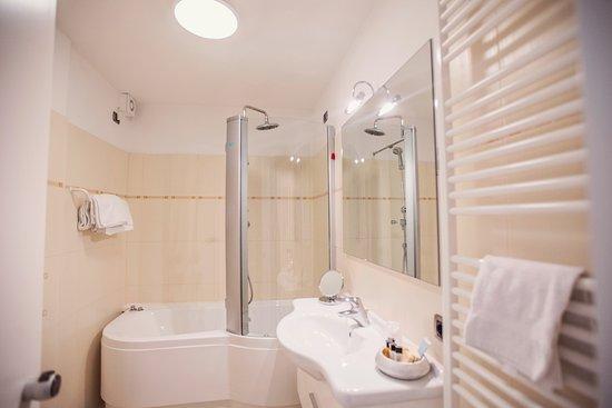Progetto e relooking di un bagno con vasca easyrelooking