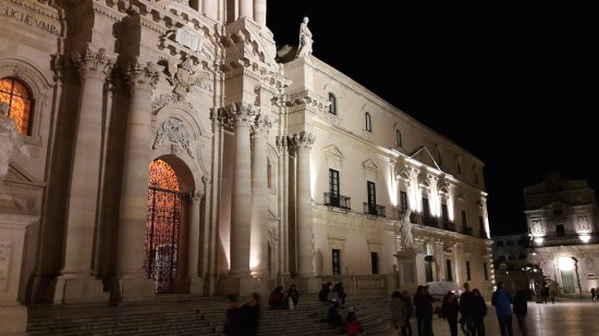 Duomo di Siracusa : 20170422_204416_large.jpg