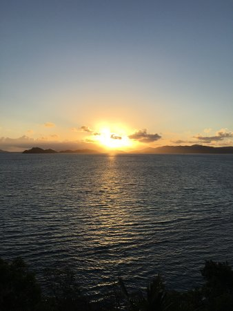 Sugar Bay Resort & Spa: Beautiful sunrise every morning!