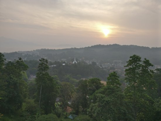 The Swiss Residence: morning in Kandy