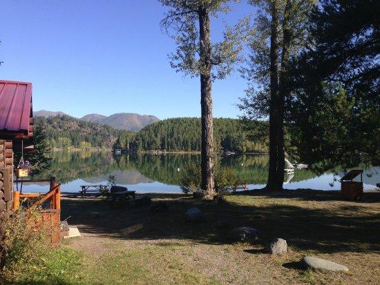 Lake Five Resort: Lakefront cabins