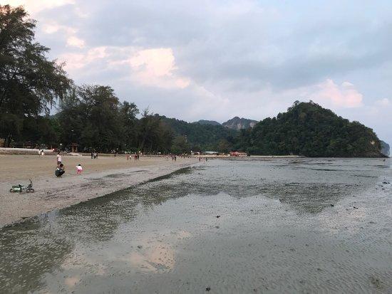 Пляж Хат Ноппхарат