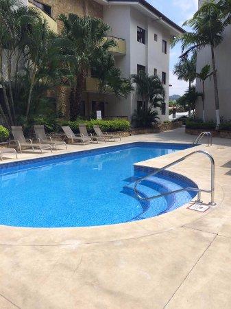 Pool and Social Area, Condominio Avalon Santa Ana