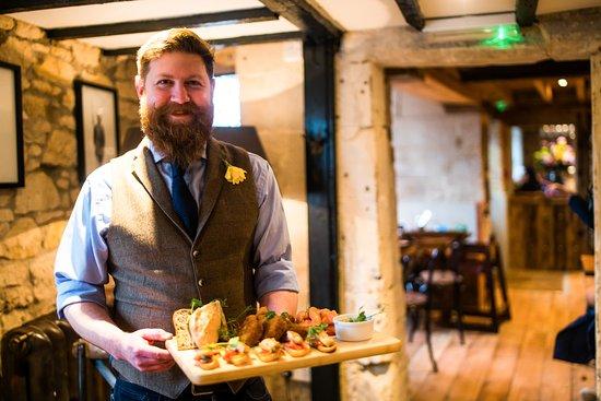 Bradford-on-Avon, UK: General Manager Ian (aka the bearded Welshman)
