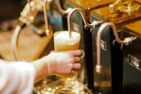 Bradford-on-Avon, UK: Locally brewed beer