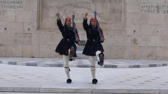 Platia Syntagmatos : les deux evzones