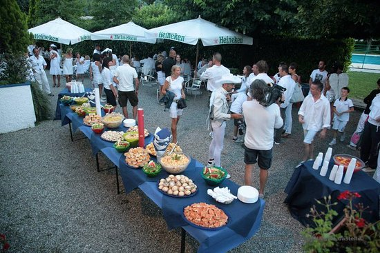 Meina, Italien: White Party